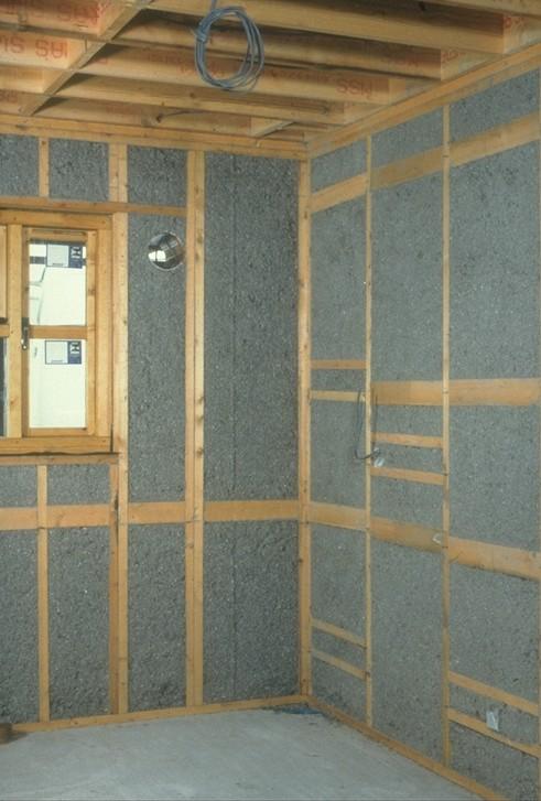 att isolera väggar